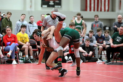 20200208 Wrestling - Lake Catholic v Aurora Regional Match 3