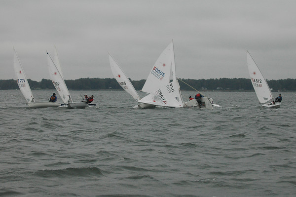 the carnage trying to turn around.  The downwind mark is 15 boat lengths to the left of the picture.