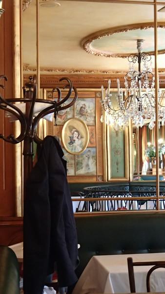 FranceCafeAix-en-ProvenceP7140524.jpg