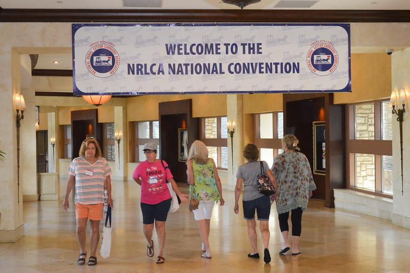 Convention Candids 160115.jpg