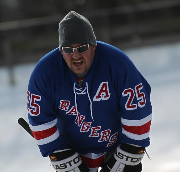 20140208_EMCphotography_PondHockeyCongersLakeNY-33.jpg