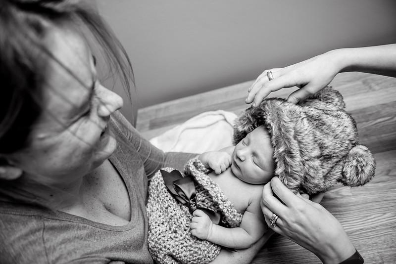 Erica-Agostinelli-newborn-_7507904.jpg