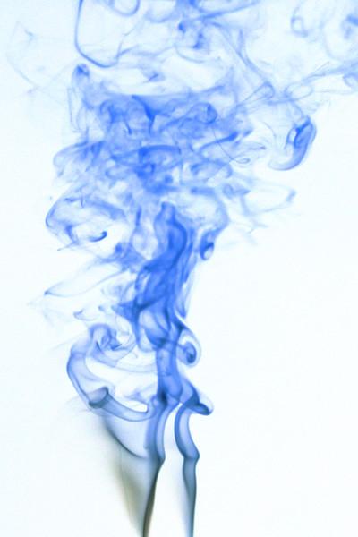 Smoke Trails 4~8523-1ni.