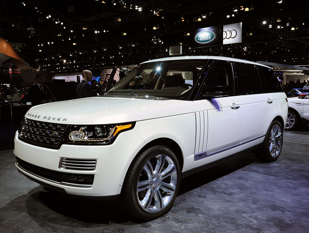 . Range Rover Long Wheel Base Autobiographic Black trim model at the 2013 LA Auto Show in Los Angeles, California, USA, 20 November 2013.  Only 25 Vallorie white edition exist in the United States and lists at $199,000.00 USD and features 10.2 tv screens, tables with USB, calf legs rests and massage seats.  EPA/BOB RIHA JR