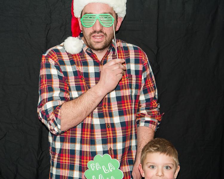 2018 HOH Christmas Booth (5).jpg
