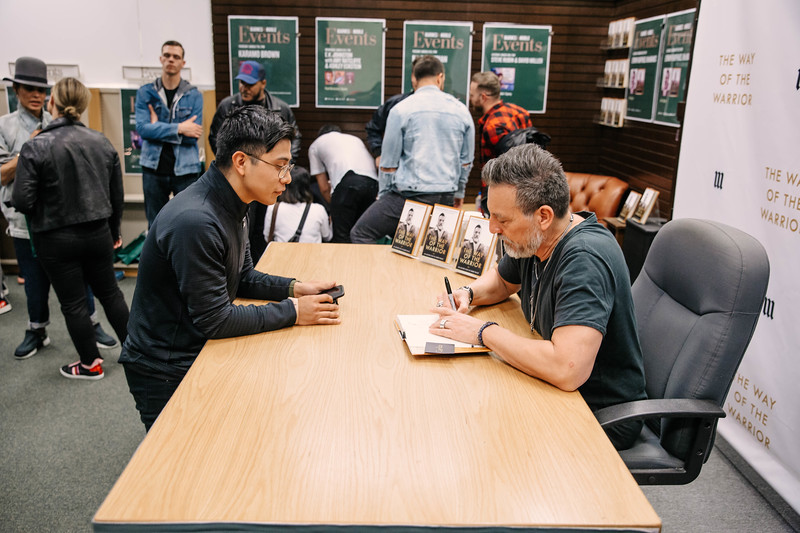 2019_2_28_TWOTW_BookSigning_SP_195.jpg