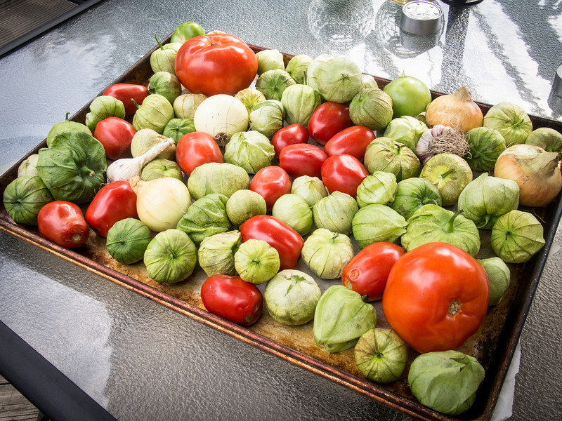 tomatillo salad ingredients.jpg