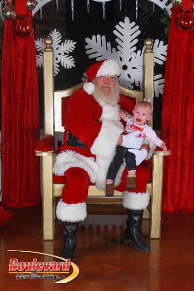 Santa 12-17-16-367.jpg