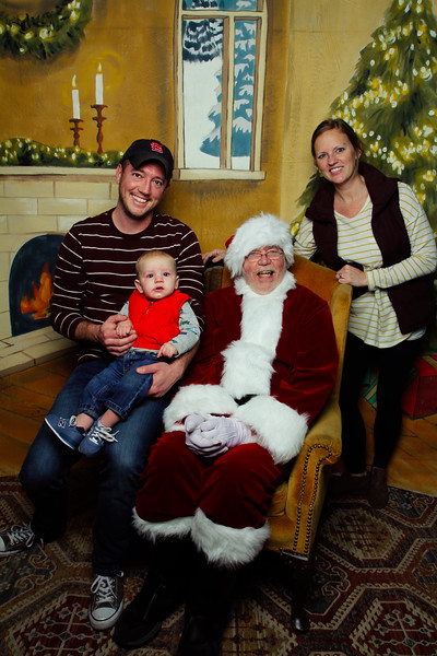Pictures with Santa Earthbound 12.2.2017-116.jpg