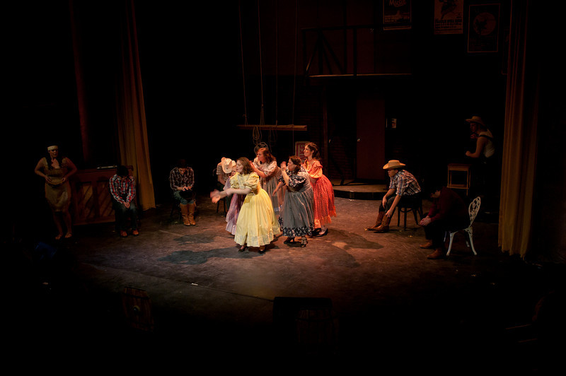 Curtains.20110301.1916.jpg