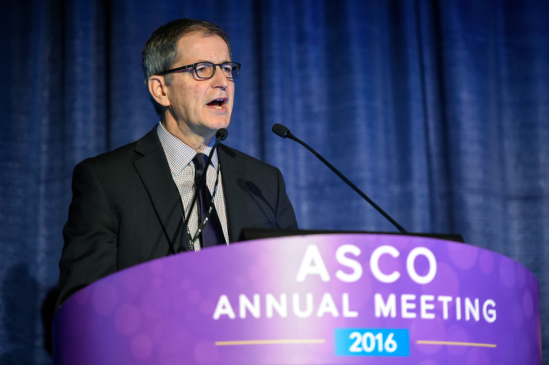 Thomas E. Witzig, MD, presents Abstract 7506 during Hematologic Malignancies? Lymphoma and Chronic Lymphocytic Leukemia Oral Abstract Session