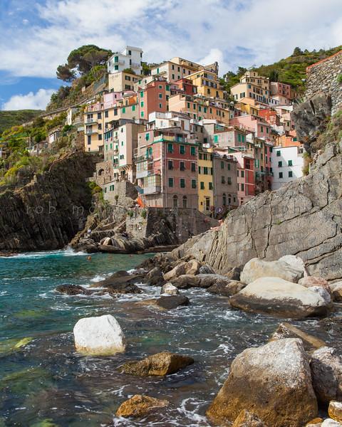 $90 - Water Level , Riomaggiore , Cinque Terre