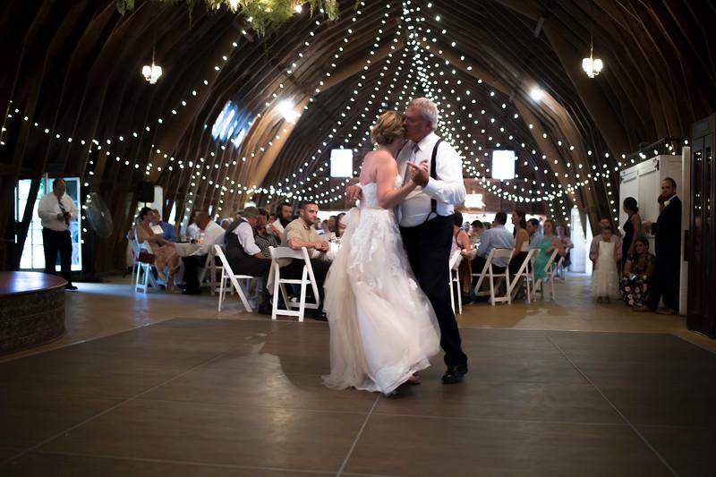 Garrett & Lisa Wedding (594).jpg