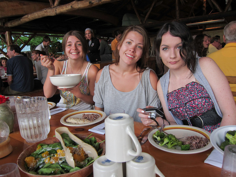 Gracie, Paige and Alaina enjoying dinner on the dining porch.