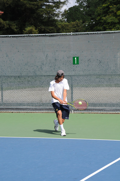 menlo-tennis-2013-boys-as-freshman 4.jpg