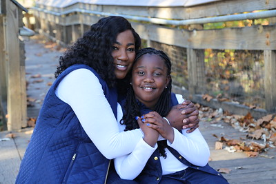 Mommy and me Portraits: The Mclendons