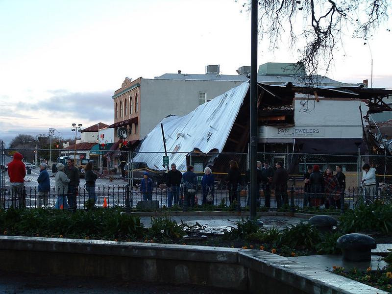 San Simeon Earthquake damage - Paso Robles - December 22, 2003