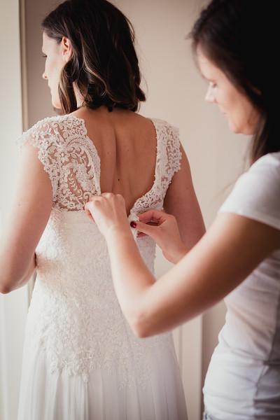 Bridal prep-1.jpg