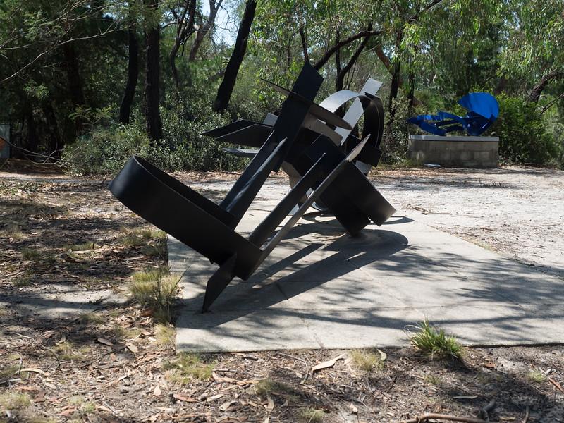 Sculpture 3-2130009.jpg