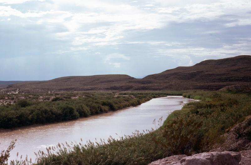 1985-09-12 Boquillas Canyon and Rio Grande 571.jpg