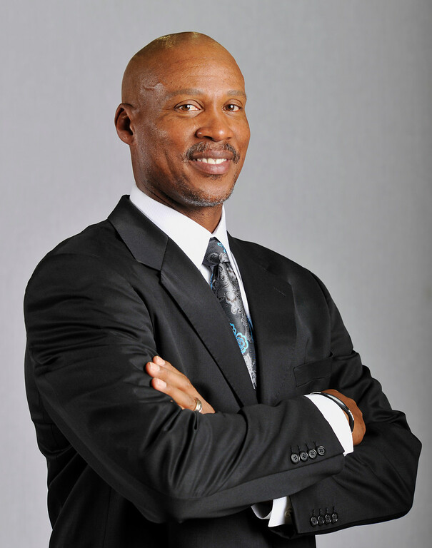 . Cleveland Cavaliers head coach Byron Scott is shown at the Cavs media day at the Cavs training facility in Independence, Ohio, Monday, Oct. 1, 2012. (AP Photo/Phil Long)