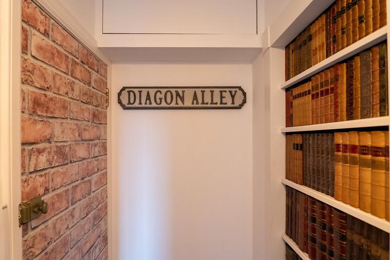 Harry Potter themed Airbnb in Edinburgh