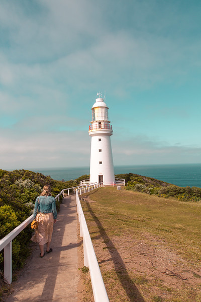 Heading to the Great Ocean Road and not sure how long to spend? Read on and learn what to see and where to stay on the Great Ocean Road in 3 days - Apollo Bay - Marriners Lookout - Lorne - Torquay - Twelve Apostles - London Bridge - Loch Ard Gorge