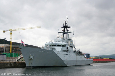 Naval & Sailing Ships