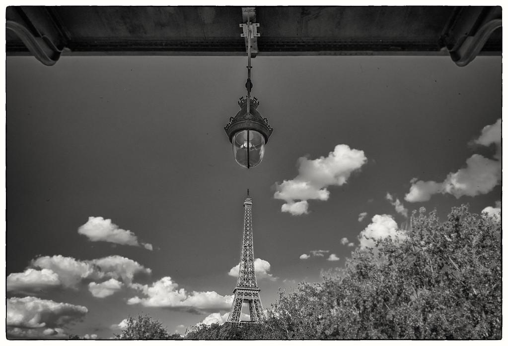 Eiffel tower anno 1905