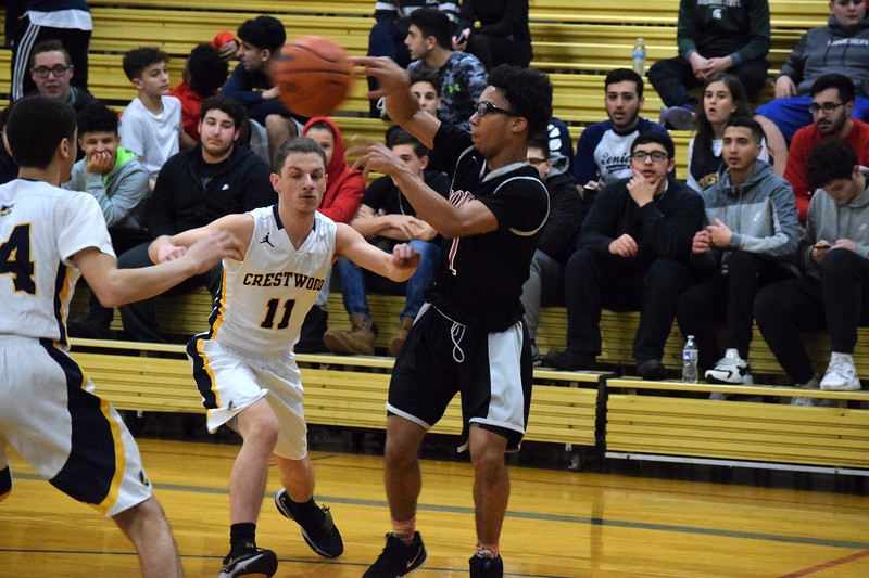 Crestwood welcomed in Robichaud on Tuesday night and knocked off the Bulldogs 54-53 in overtime. Photo by Alex Muller - For the Press & Guide