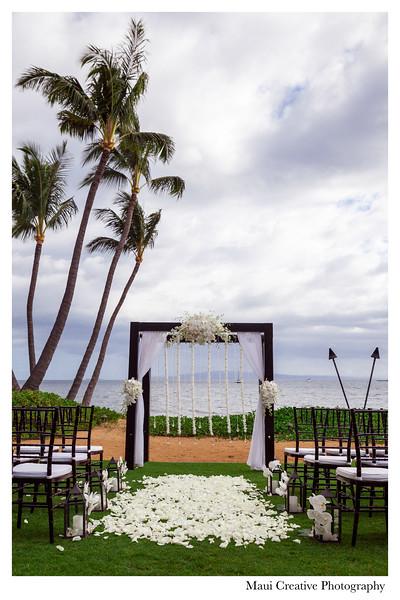 Maui-Creative-Destination-Wedding-0052.jpg