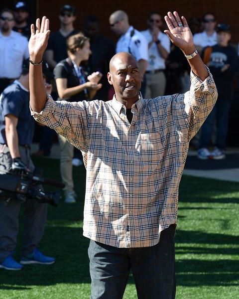 Coach Manning Open the Gate.jpg