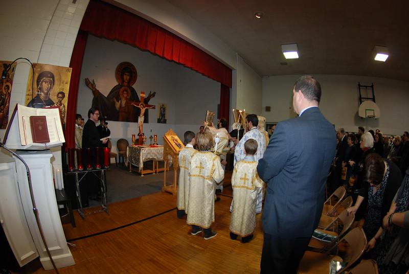 2012-11-04-Dome-Cross-Blessing-Sunday_248.JPG