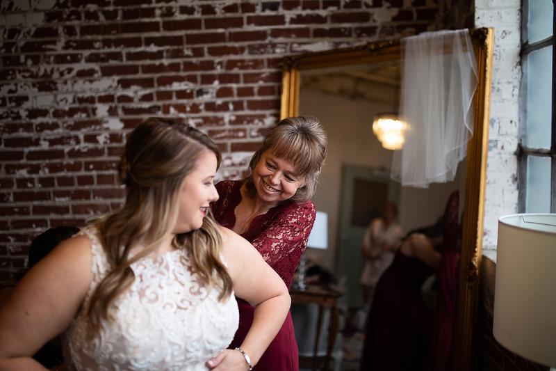 Wedding-getting ready--16.jpg