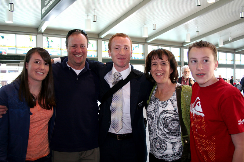 2009_TysonsHomecoming_family.JPG