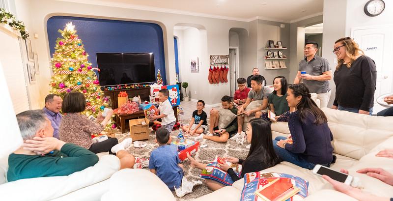 20181225_christmas-ho-family_050.JPG