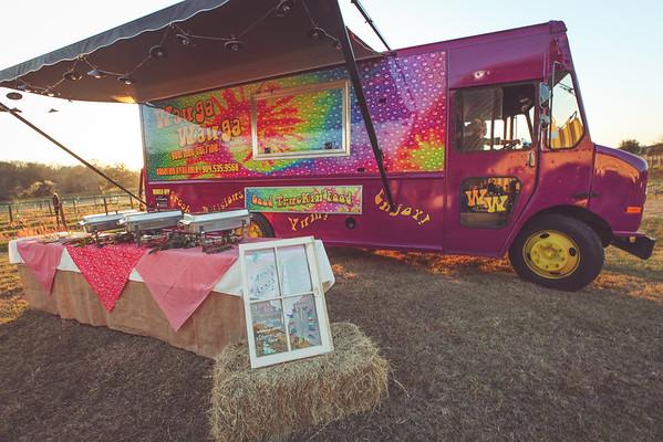 Wauga Wauga Food Truck at Evans' Wedding