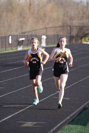 2014-04-10 Centerville Middle School Relays - Girls