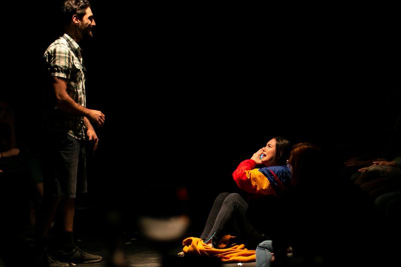 Allan Bravos - Fotografia de Teatro - Indac - Migraaaantes-227.jpg