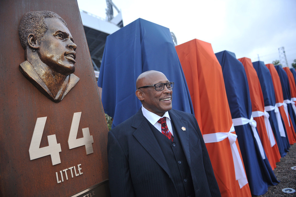 . DENVER, CO - September 27 : Pro Football Hall of Fame running back Floyd Little unveiled his sculpture at the Denver Broncos Ring of Fame Plaza in Sports Authority Field at Mile High. Denver, Colorado. September 27, 2013. The Plaza features pillars honoring each of the 24 players in the Broncos� Ring of Fame. (Photo by Hyoung Chang/The Denver Post)