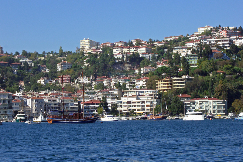 32-Bebek, Bosphorus waterfront community