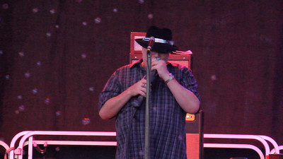 John Popper at Bayley Beach Norwalk CT 9-6-2015 Video