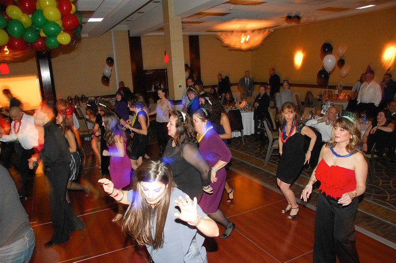 20121231 - Dancing NYE CT - 033-sm.jpg