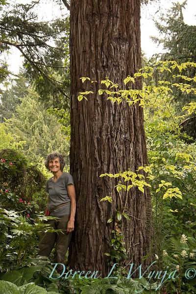 Marietta tree hugger_5216.jpg