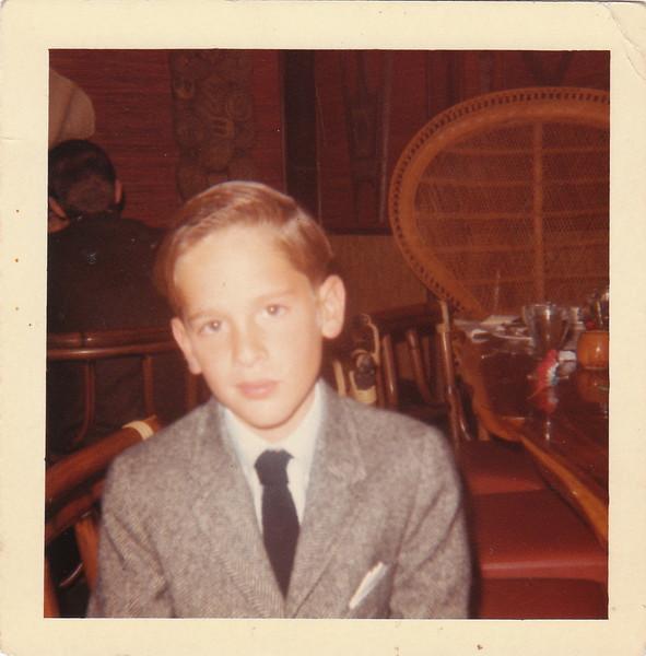 Tony in Suit 1964.jpg