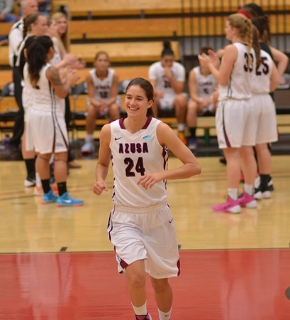 2014-02-17 Women's basketball v Hawai'i Hilo