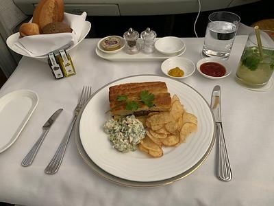 2019-11-14 Emirates EK1 DXB LHR First Class
