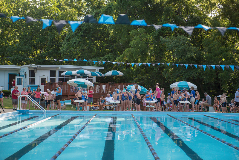 lcs_swimming_kevkramerphoto-003.jpg