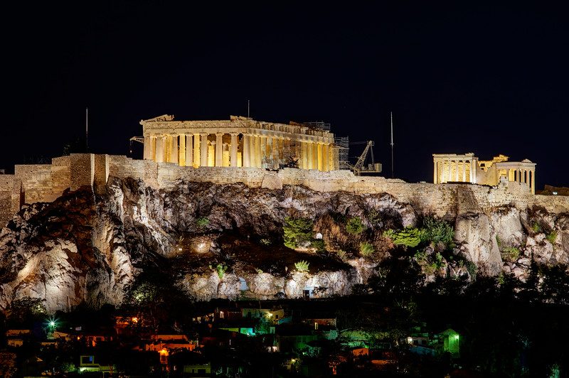 last shot Acropolis at night.jpg