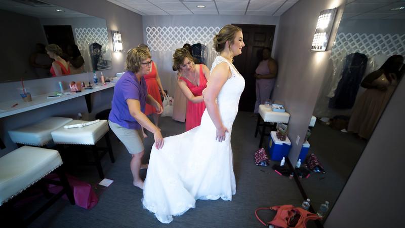 Laura & AJ Wedding (0132).jpg